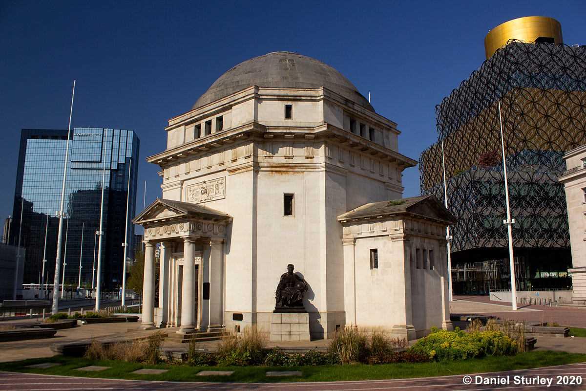 Hall of Memory Centenary Square