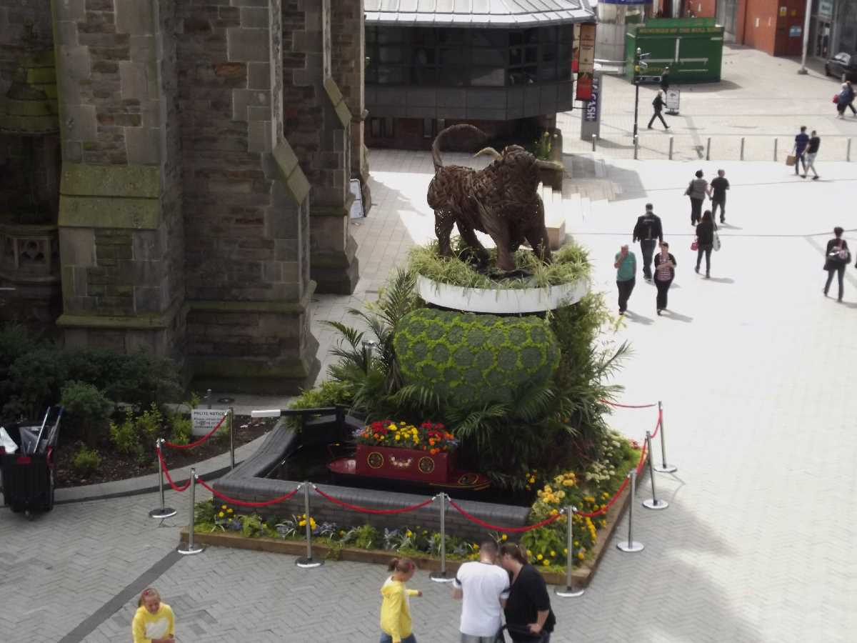 The Floral Trail, The Big Hoot & Sleuth at St Martin`s Square