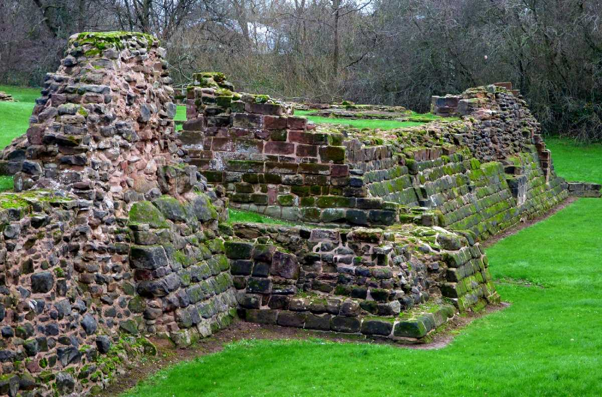 Weoley Castle - A Birmingham Gem!